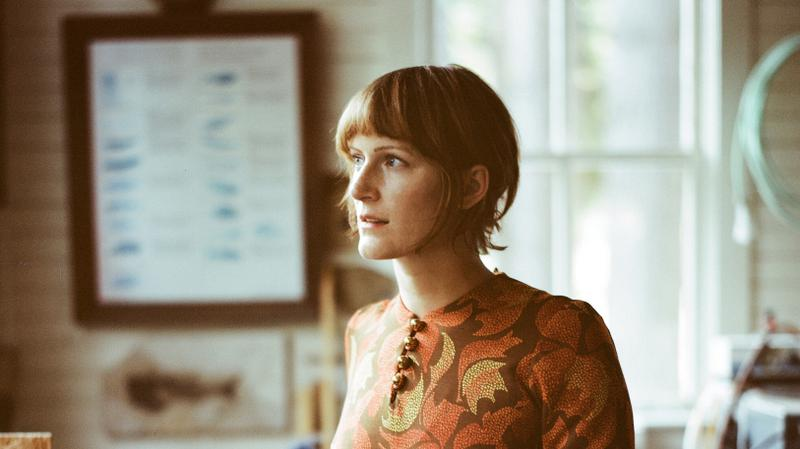 Session | Laura Gibson – I Don't Want Your Voice To Move Me